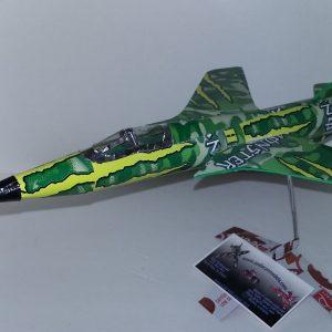 soda can F-105