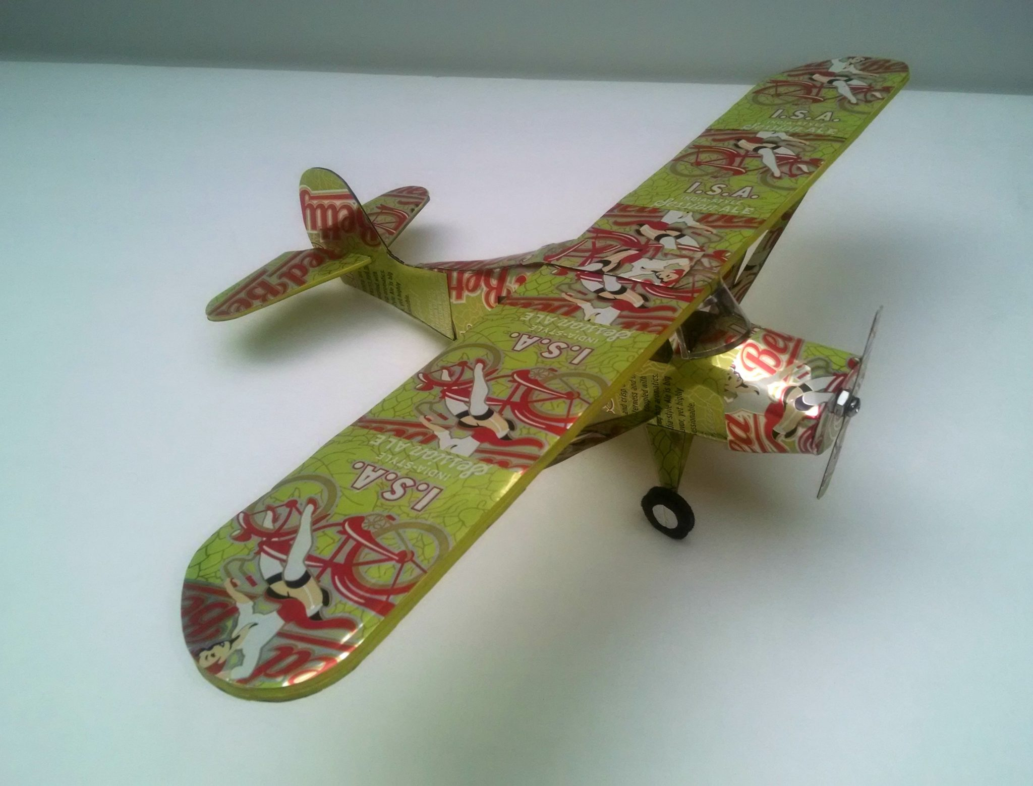 soda can airplane Aeronica