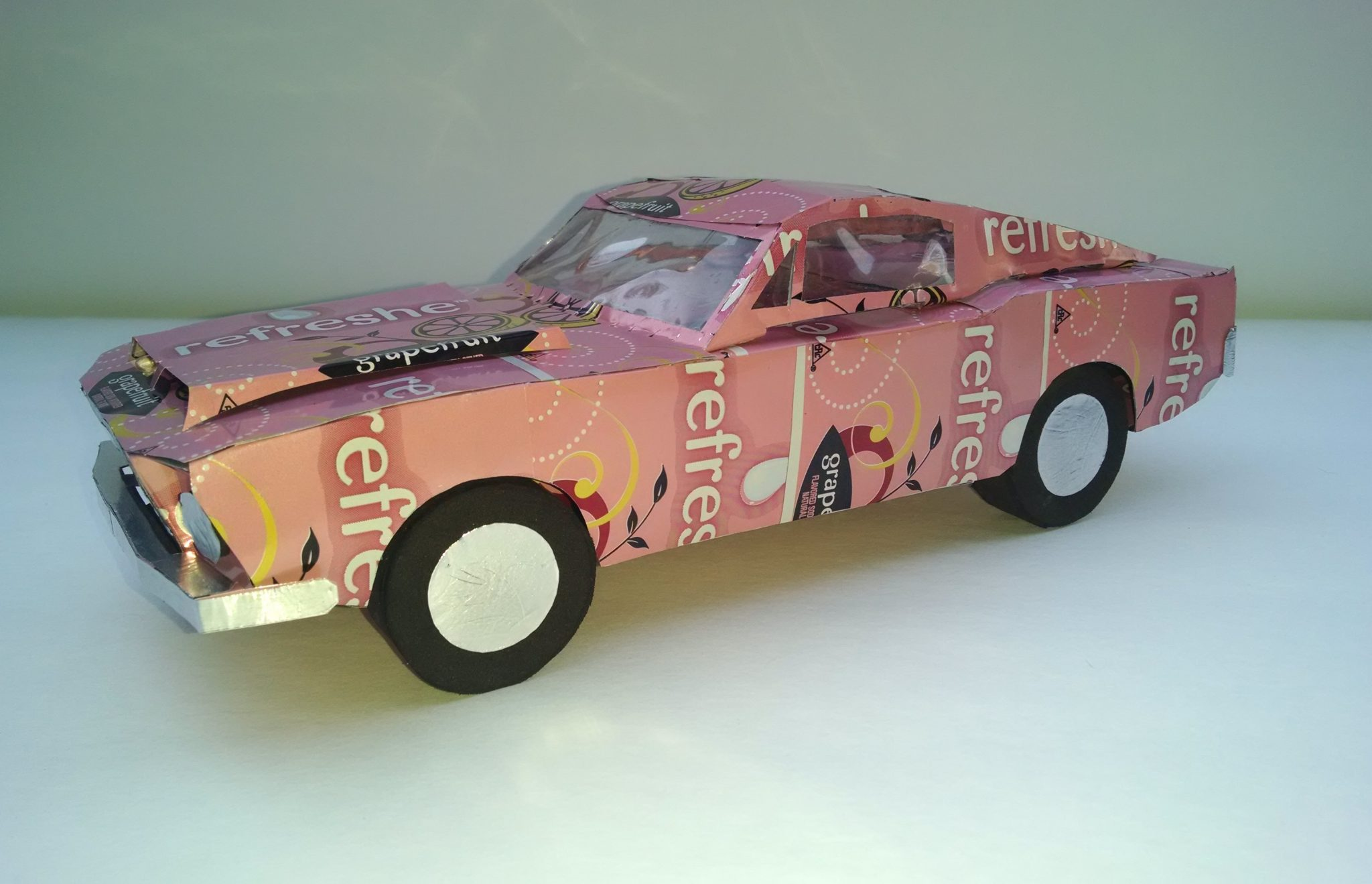 soda can Ford mustang